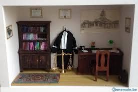 bureau avocat vitrine miniature cabinet d avocat ou bureau d un juge a
