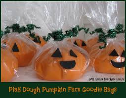 halloween gift bag ideas boy mama play dough pumpkin face goodie bags boy mama teacher mama