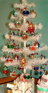 Vintage Christmas Decorations For Sale Best 25 Vintage White Christmas Ideas On Pinterest Elegant
