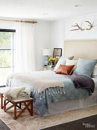 Window Designs For Bedrooms How To Decorate A Small Bedroom