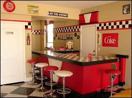50s Bedroom Furniture by Best 25 Retro Decorating Ideas On Pinterest 1950s Diner Kitchen