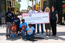 Fisher House Fisher House Check Presentation Espn Mediazone