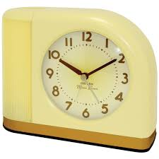 amazon com westclox 43000x 1950s moonbeam clock with lighted dial