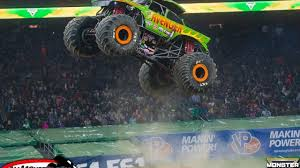 houston monster truck show 2015 photos team scream racing