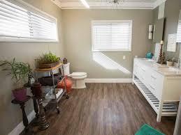 Light Brown Laminate Flooring Bathroom Ideas Dazzling Bathroom Ideas With Black Classic Wood