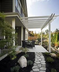 Backyard Ideas For Small Yards by Best 25 Small Yards Ideas On Pinterest Small Backyards Tiny