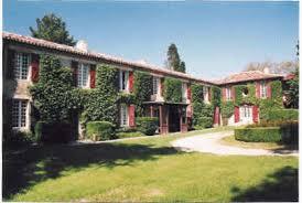 chambre d hote auch peyloubère gîtes et chambres d hôte dans le domaine du chateau du