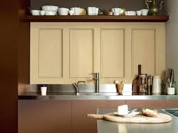 peindre meuble cuisine stratifié repeindre meubles de cuisine melamine 7 comment peindre un meuble