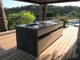 cuisine d été en bois pergolas bioclimatique cuisine d été méditerranéen terrasse en