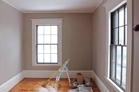 benjamin moore walls old soul trim linen wall colour