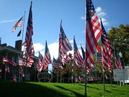 Flag Displays Jarvis House Veterans Day Kiwanis Club Of Huntington Flag Tribute