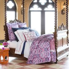 Traditional Bedding Bedroom Rowyn Sferra Bedding With Canopy Bed And Side Table For