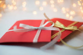 send a gift give personalized gift cards this season dwym