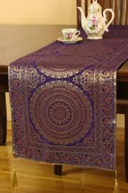 how to make table runner at home 15 stylish ways to use a table runner