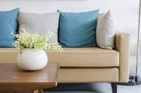 coussins canapé comment choisir et assortir idéalement ses coussins de canapé