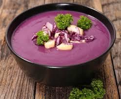 cuisiner du chou soupe au chou à la marmite recette de soupe au chou