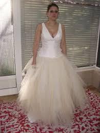 depot vente robe de mari e robe de mariée en mouchoirs de tulle noir commandée sur le
