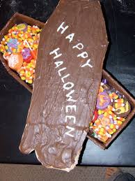 Halloween Coffin Cake by Dungeon Cakes April 2010