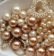 bohemian luxe interiors pearls to a picnic faith grace and crafts pearls and lace thursday 121 tray of pearls