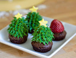 erica u0027s sweet tooth strawberry christmas tree brownie bites