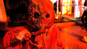 100 halloween horror nights passholder review creeped out