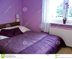 chambre à coucher violet chambre a coucher blanche et mauve