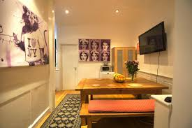 Travelodge Covent Garden Family Room Covent Garden Guesthouse London Uk Booking Com