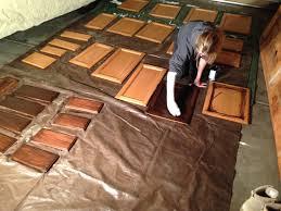restaining oak kitchen cabinets restaining kitchen cabinets attractive inspiration ideas 26 best