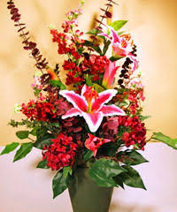 how to make flower arrangements how to make flower arrangements last longer currans flowers