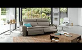 comment teindre un canapé moderne comment teindre un canapé en alcantara artsvette