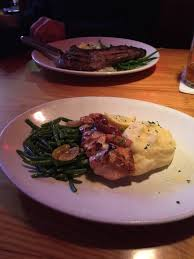 cadillac ranch oxon hill md salmon done nicely mashed potatoes and green beans really