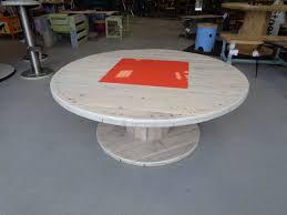 touret bois deco table basse touret bois cheap comme on le sait le dessus duune