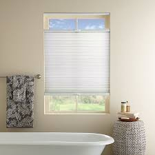 ideas for bathroom window treatments 4 things to look for when buying bathroom window coverings