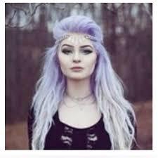 Frisuren Lange Wei゚e Haare by Die Besten 25 Lange Weiße Haare Ideen Auf Weiße