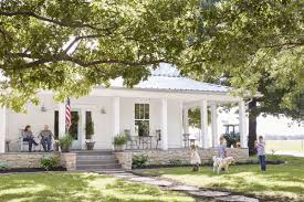 neoclassical style homes skill plantation design 80 awesome homes farmhouse ideas 24
