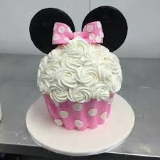 minnie mouse birthday cakes the 25 best minnie mouse birthday cakes ideas on