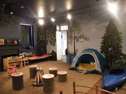 Hunting Themed Home Decor Best 25 Camping Bedroom Ideas On Pinterest Camping Room Boys
