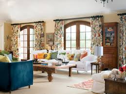 these patterned floral drapes pull accents from all over the