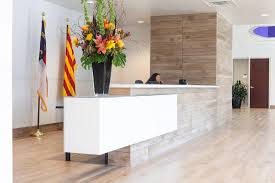 Front Reception Desk A Sleek Tile And Glass Reception Desk Alicia Hylton