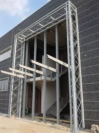 tralicci in ferro carpenteria passerelle tettoie soppalchi