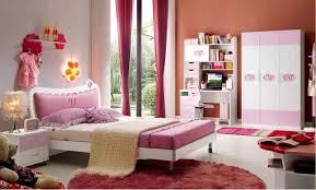 chambre complete fille 25 chambres de princesses votre fille va adorer