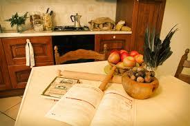 farmhouse apartments and rooms le ceregne tuscany farmhouse