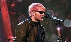 Morte de cantor do Alice in Chains teria sido acidental | BBC Brasil ...