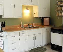 White Kitchen Cabinets What Color Walls White Kitchen Cabinets And Green Walls Kitchen
