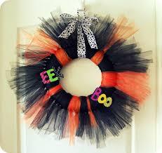 10 tulle wreath ideas for halloween