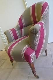 comment retapisser un canapé tapisserie recouvrir un siège soi même le de mise en