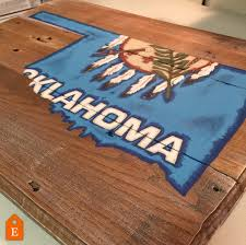 Flag Of Oklahoma Oklahoma State Flag Pallet Wood Sign Pallet Board Rustic