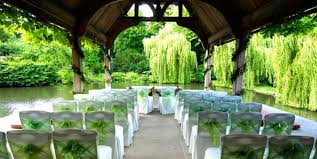 venues for weddings the best uk venues for winter weddings 2014 dot women