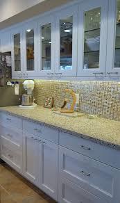 plaque de marbre cuisine plaque de marbre cuisine cuisine avec plaque de cuisson et vier en