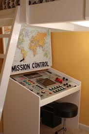 Best 25 Homework Desk Ideas On Pinterest Diy Desk To Vanity Mission Bureau De Controle